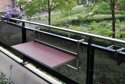 We bouwen uw houten balkontafel geheel op maat